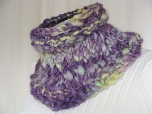 handspun thick and thin yarn, art to wear, handspun cowl, hand painted wool, bulky yarn cowl