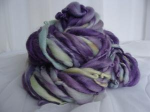 handspun thick and thin art yarn, bulky yarn, purple and yellow yarn, handspun wool,