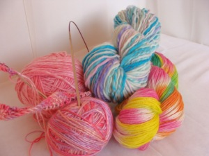 handspun yarn, hand dyed yarn, thick and thin yarn, hand dyed sock yarn, bamboo yarn,